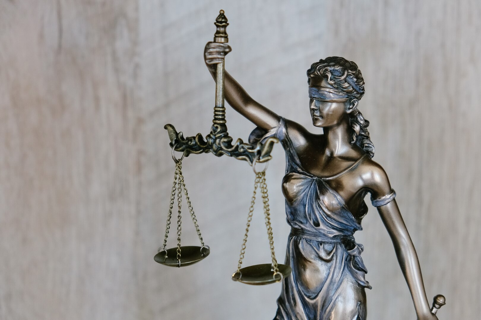 Why Choose Our Criminal Lawyers In Saskatoon